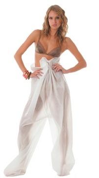 Pantaloni per pressoterapia chiusi in TNT/PVC : Sono dei maxi pantaloni che si indossano dopo aver spalmato creme o fanghi. Il tessuto si chiama TNT, è traspirante e resistente. Si possono usare più e più volte, eventualmente si possono sciacquare.