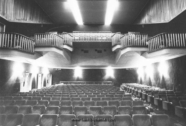 Intérieur de la salle de cinéma Le Paris à Toulouse - www.salles-cinema.com