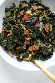 Easy and DELICIOUS Braised Kale with Bacon Recipe. This southern inspired side dish of greens and pork is simple and tasty! Awesome if you're looking for recipes to serve as sides with meals like lunch and dinner, or if you're just trying to eat more vegetables.