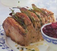 Gemarineerde rollade met cranberrysaus http://www.kerstrecepten.net/category/hoofdgerecht/page/4/