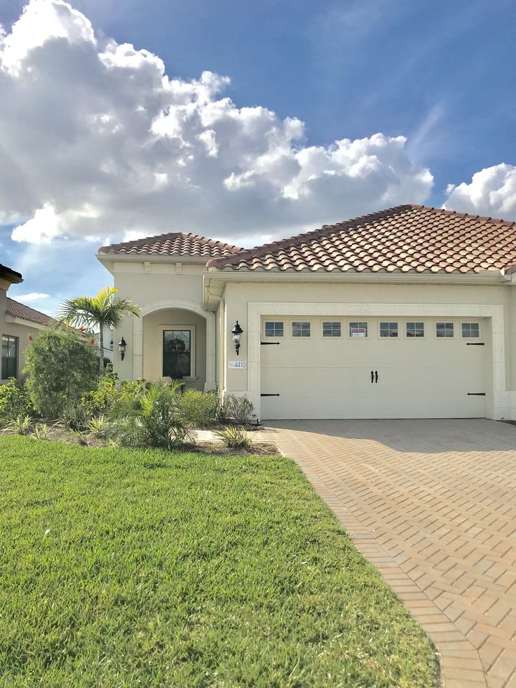 New Listing In Fort Myers, Fl.!