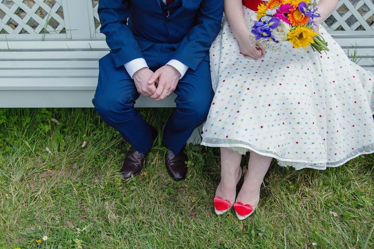 Intimate and Colourful Wedding with Seven Guests