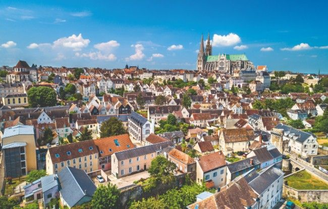 City Focus Chartres Gateway To The Loire Valley In 2020 Loire