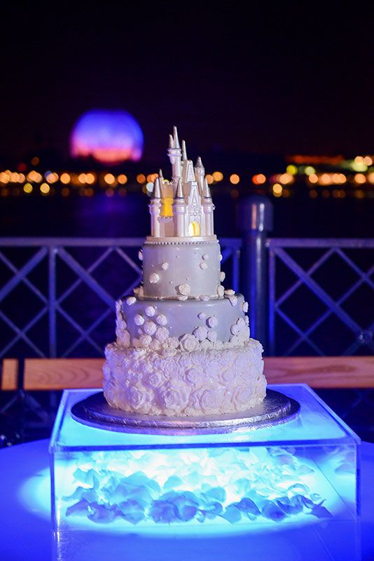 disney wedding cake set 17 best ideas about disney wedding cakes on 13587