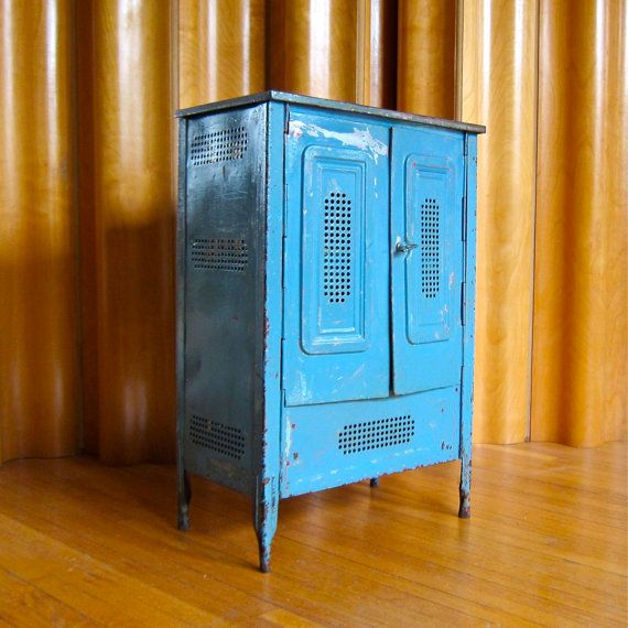 25+ Best Ideas About Painting Metal Cabinets On Pinterest