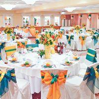Оранжевый декор зала (Апельсиновый декор)