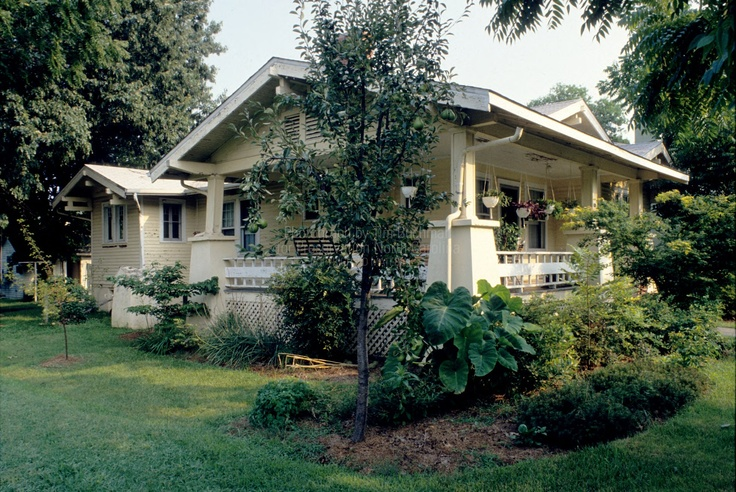 45 Best Bungalows And Cottages Images On Pinterest Arquitetura Bungalows And Craftsman Bungalows