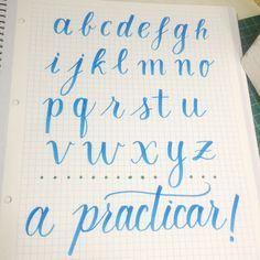Plantillas de abecedario de lettering para aprender y practicar con nuestros rotuladores tombow dual. El propósito bonitista de este 2017.