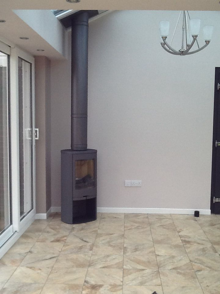 Hagley Stoves have recently fitted this Contura 810:1 in a conservatory fitted by 5 Star Windows of Kidderminster. The Poujoulat flue system has been painted grey to match the stove  and you can see more pics of this on a dedicated installation pin board.