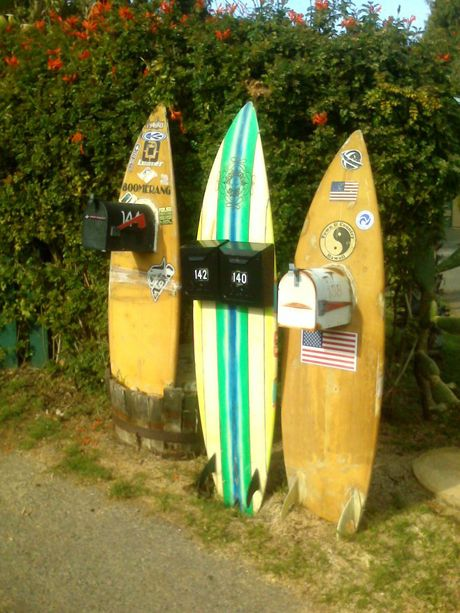 Perfect for the beach side holiday holiday home: Surfboard Mailboxes