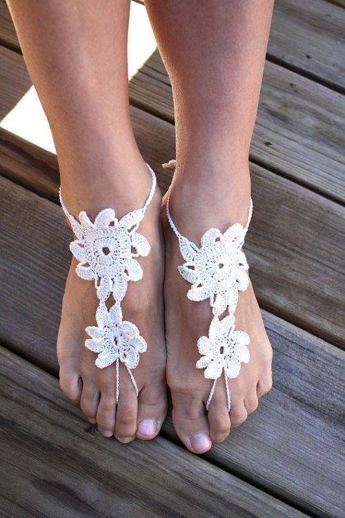 Adorno para pies con flores de ganchillo o crochet