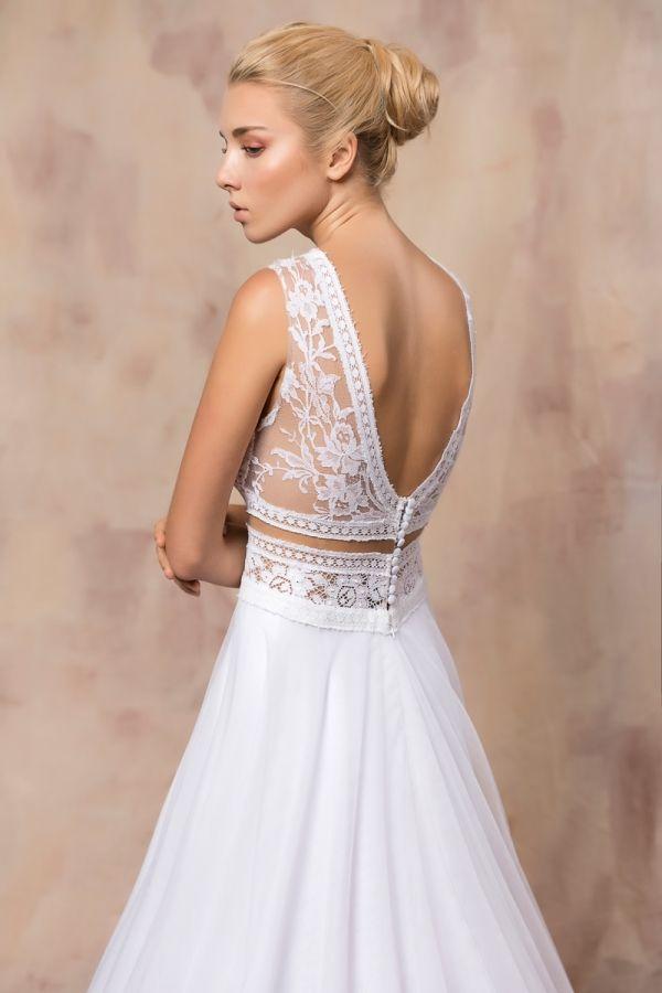 AMELIA #weddinggown #celestialcollection #newbridalcollection #costantinobridal #weddingingreece