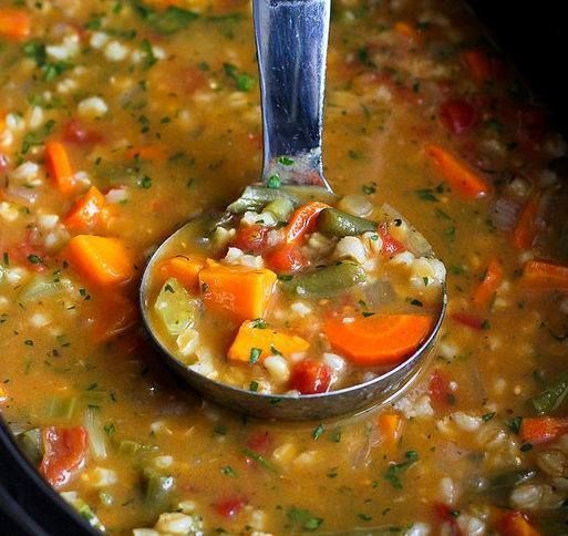 Ingredients 1 yellow onion, chopped 2 carrots, cut into ½-circles 2 stalks celery, chopped 1 medium sweet potato, peeled and cut into ¾-inch pieces 4 garlic cloves, minced 1 ½ cups frozen green beans ¾ cuppearl barley 1 tsp paprika 1 tsp dried oregano ¾ tsp dried thyme ½ tsp salt ½ tsp ground pepper …