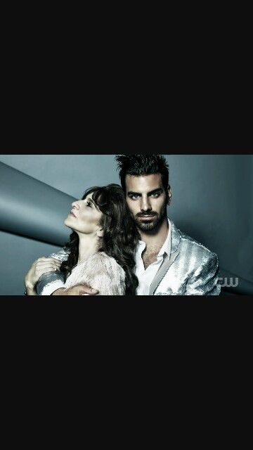 Nyle DiMarco with his mother on ANTM