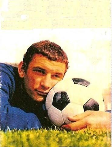 Gigi Riva e il pallone