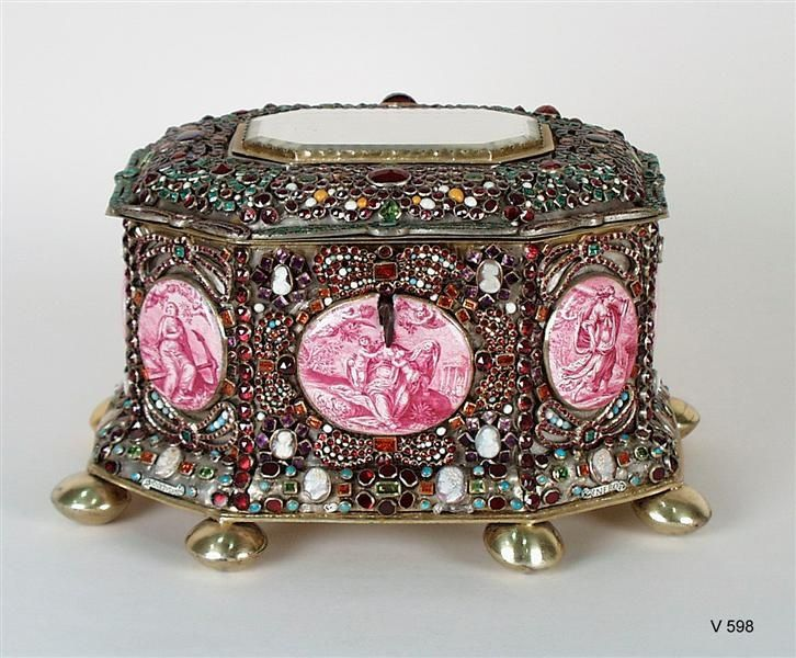 """An 18th-century jewelry box designed by Giovanni Battista Foggini of the Galleria dei Lavori in Florence is part of the """"Art of the Royal Court"""" exhibit at the Metropolitan Museum of Art. Description from pinterest.com. I searched for this on bing.com/images"""