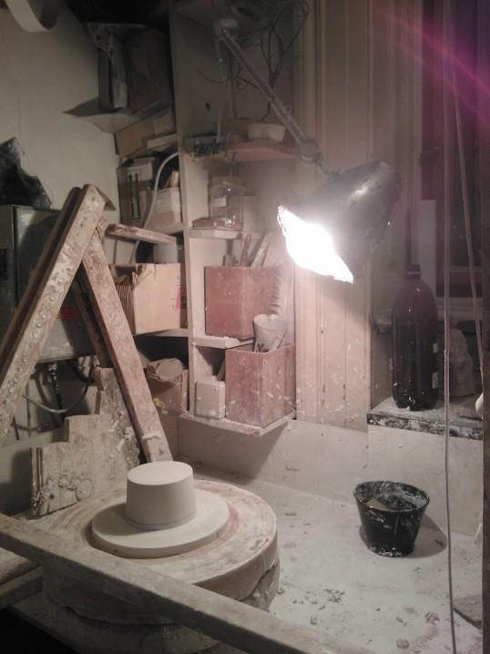 večery pod lampou  #BarboraŠimková #umprum #všup #ateliér #keramika #porcelán #modelářský #kruh http://barborasimkova.tumblr.com simkova24@gmail.com https://cz.pinterest.com/simkova24/my-works/