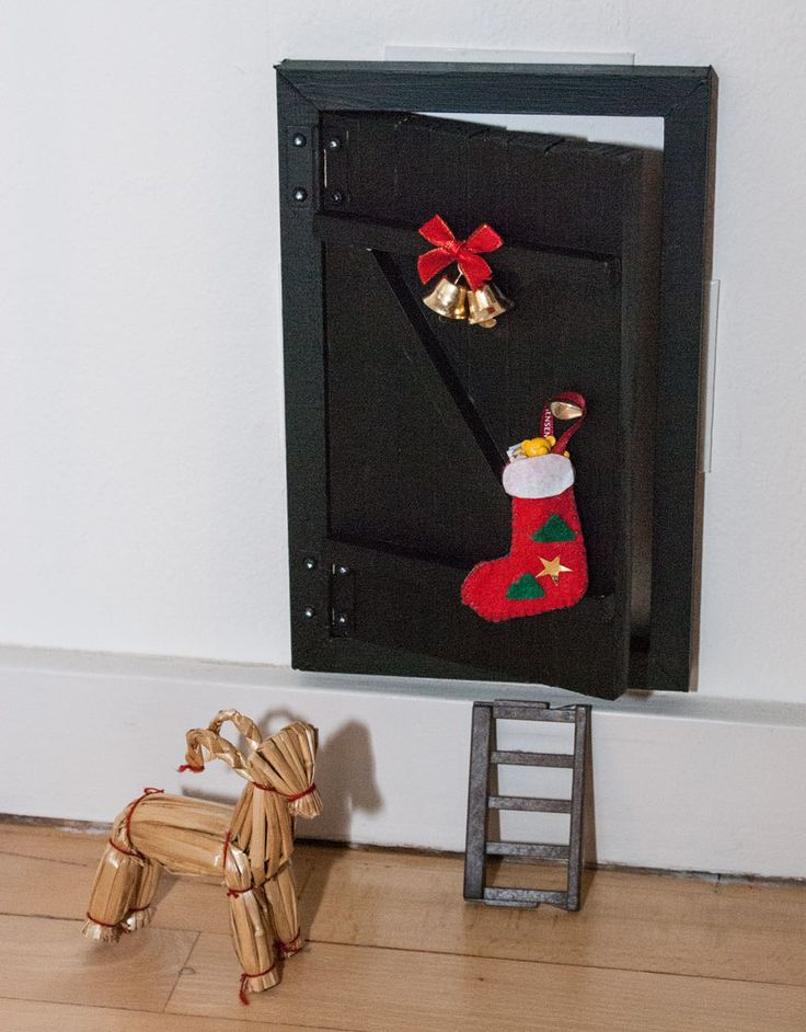 Miniature door for our house alf/pixie/julenisse...fun for the kids. See more at www.evabyeva.dk