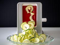 ロングパスタのように野菜を薄く、長くスライスできる新タイプのスライサー「ベジヌードルカッター」。 なかなか聞き […]