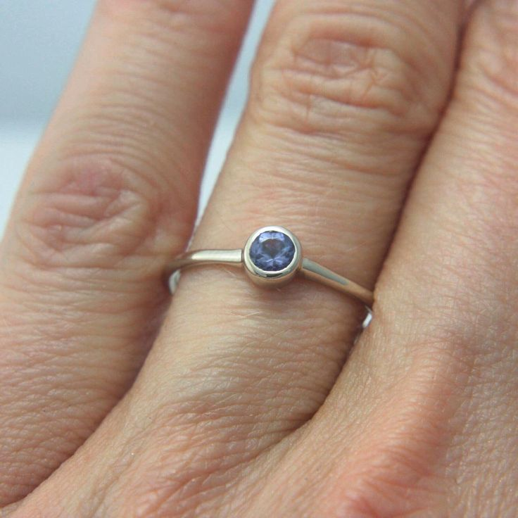 Tanzanite in White Gold for your December Baby