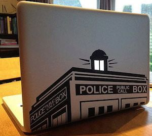 I HAVE BEEN LOOKING FOR PERFECT LAPTOP DECAL AND NOW I HAVE FOUND IT