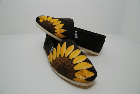 Sunflower TOMS. @Sarah Spillers oh my gosh I NEED these!!!! =)