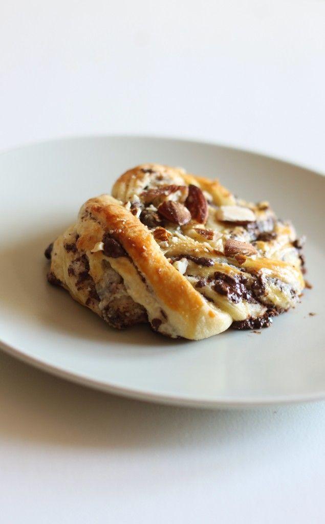 Chokoladesnurrer med marcipan og mandler