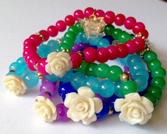 Pulsera Rosas de resina y jades de imitación por SisStyles1725