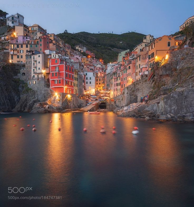 Cinque Terre by terenceleezy