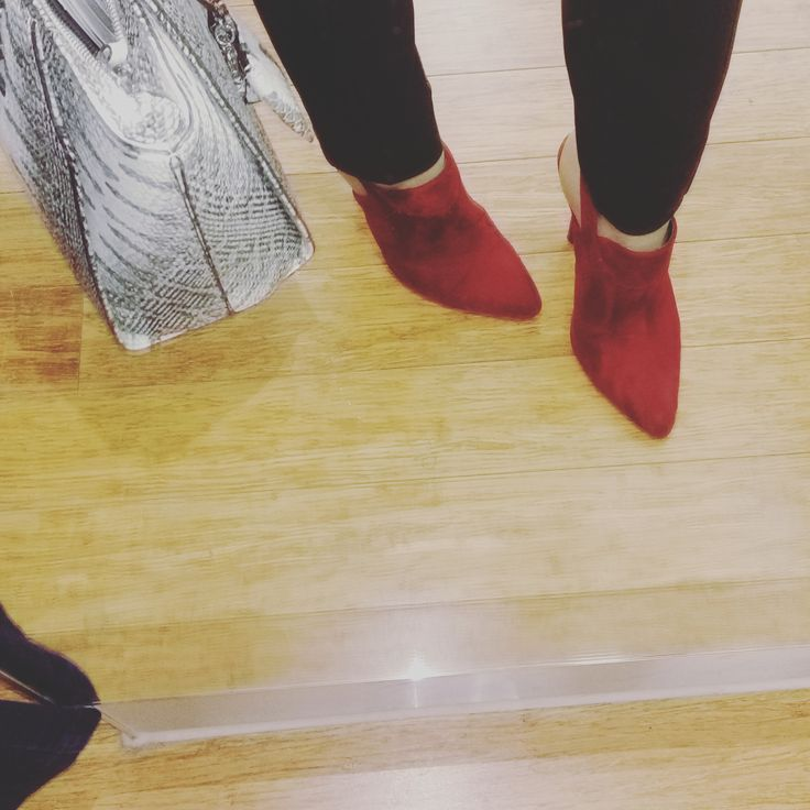 Red mules + red is the new black for winter 2017= win! Check out my insta story @maim_melbourne