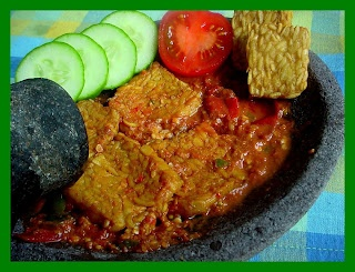 Sambal Terasi,The Best Chili Recipe from Indonesia. With fall coming up, this spicy chili recipe is not only delicious but is also an authentic dish from Indonesia!