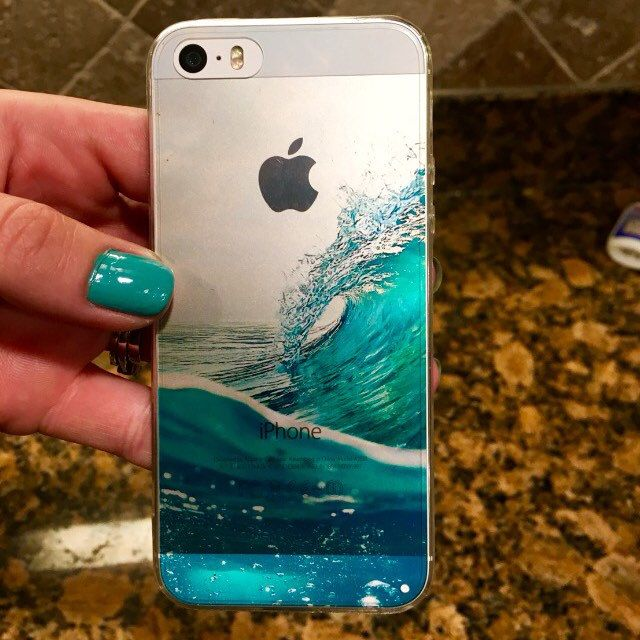 Our best seller is now available for the iPhone 5/ 5s! I think it looks awesome on the silver :) Definitely can see why people love this case, can't believe I myself waited this long! Oh yeah, I have small kids lol