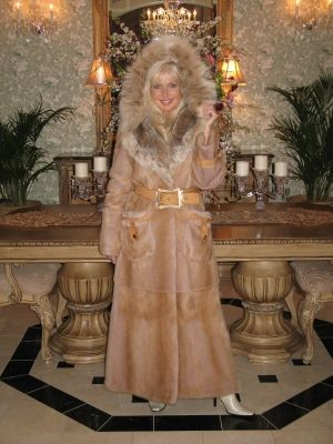 Golden Queen Mink Coat With Fox Trim - Size 8 and 10
