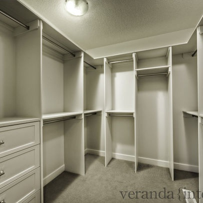 Walk in closet design pictures remodel decor and ideas for Master bathroom designs with walk in closets