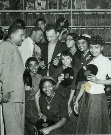 Leonard Chess with future stars ... Leonard Chess (March 12, 1917 - October 16, 1969) was a record company executive and the founder of Chess Records. He was influential in the development of electric blues.