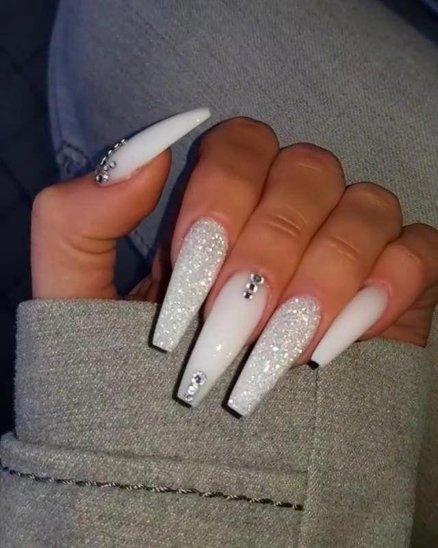 Rustic Wedding Nails Weddingnails Best Acrylic Nails Nails Design With Rhinestones White Acrylic Nails