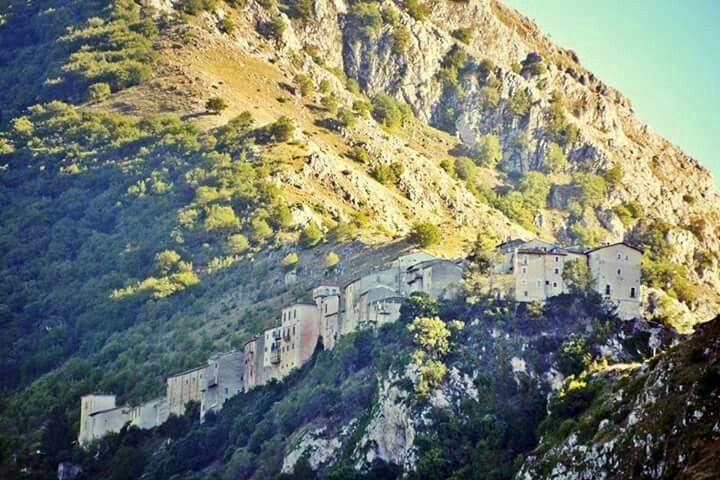 Castrovalva, the little hamlet which has inspired the Dutch Artist M.C. Escher