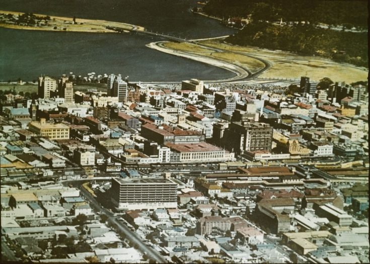 144496PD: Perth central business district, Swan River and Narrows Bridge, 1962.  https://encore.slwa.wa.gov.au/iii/encore/record/C__Rb3989829