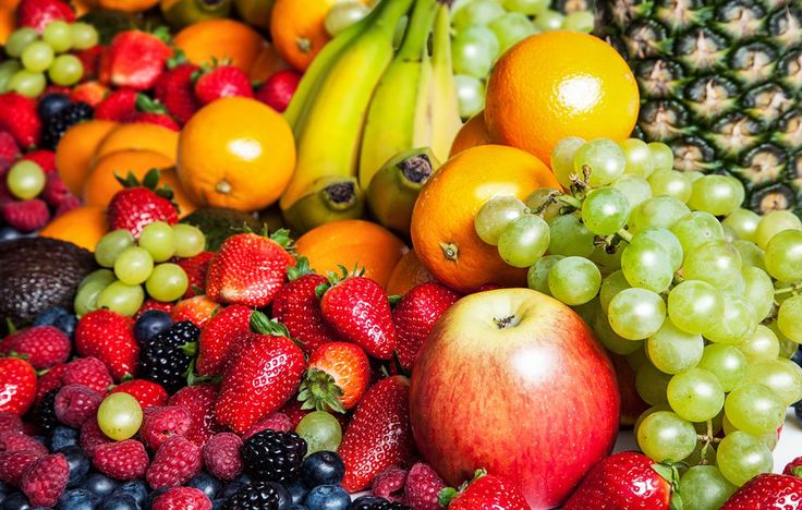 The 7 Lowest-Calorie Fruits In The Produce Aisle