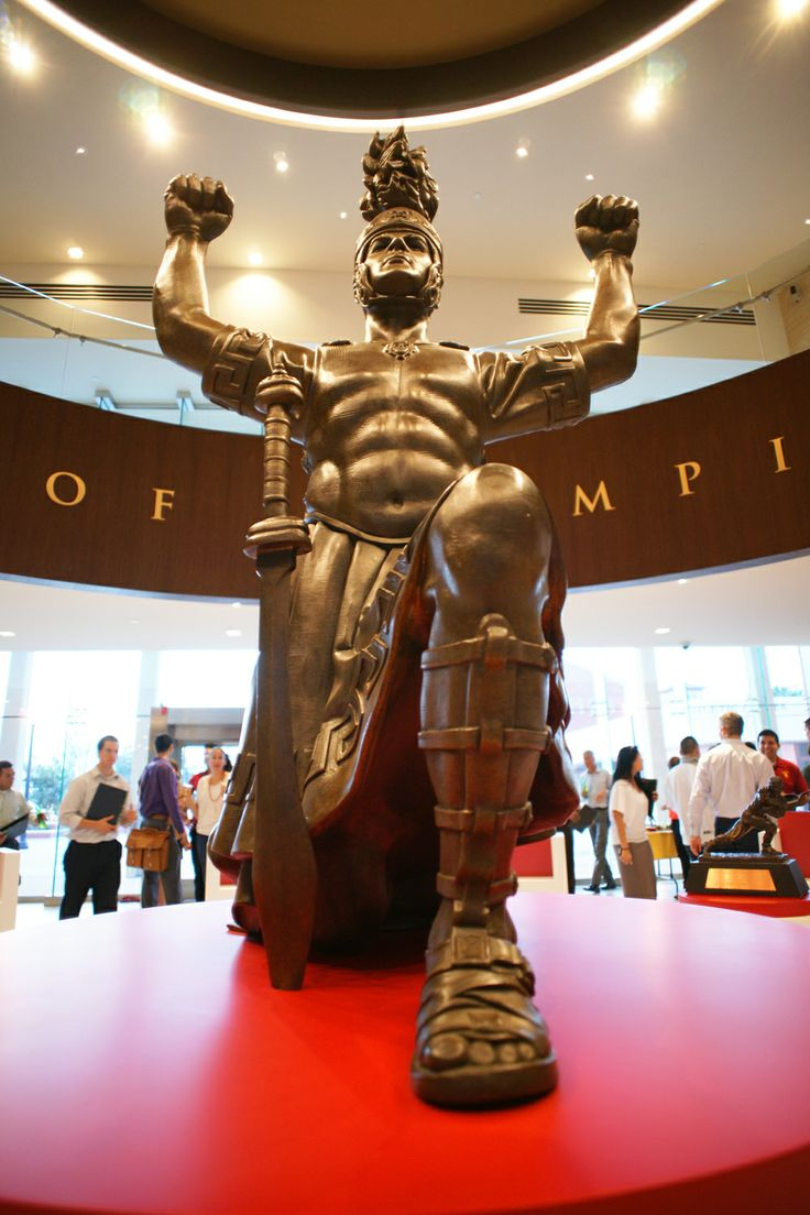 best images about usc football season wide the drum major statue was unveiled today at heritage hall he looks fierce