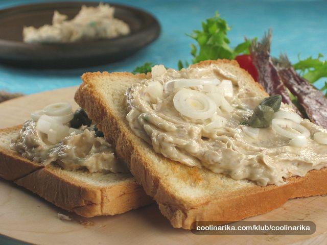 Limenku sardina, obogativši je dodatno namirnicama, na brz i jednostavan način možete pretvoriti u namaz, koji uz popečeni kruh ili tost postaje neodoljiv obrok. Kušajte i sami.