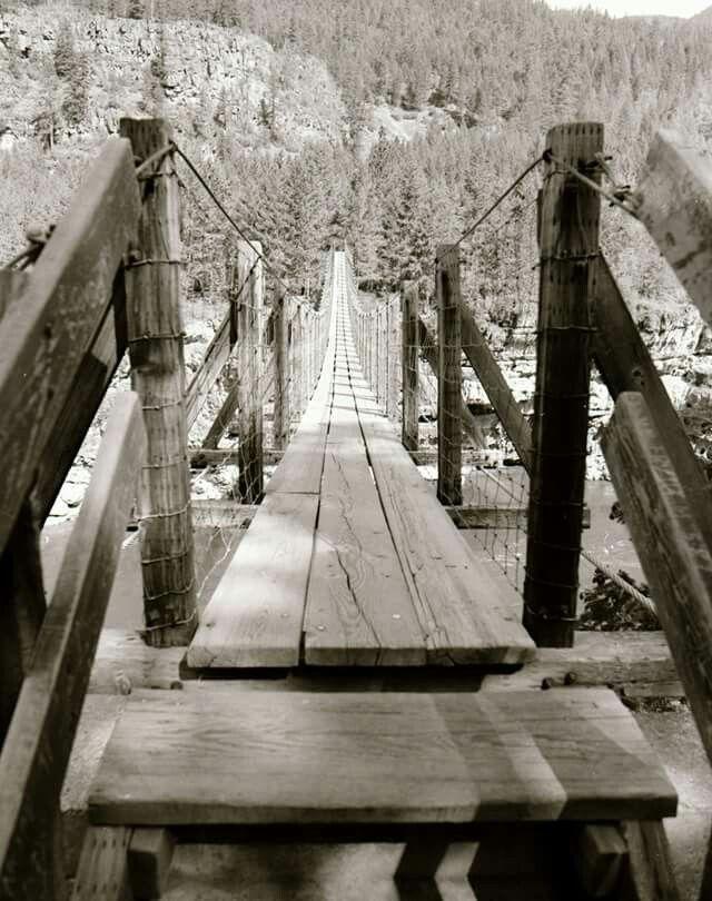 OLD SWINGING BRIDGE LIBBY MONTANA 1950 1960s