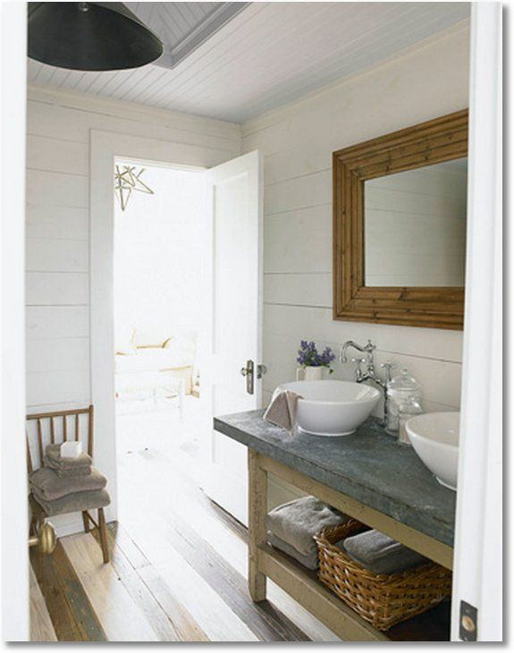 Six Easy DIY Bathroom Remodeling Ideas...love this bathroom! #diy #home #bathroom