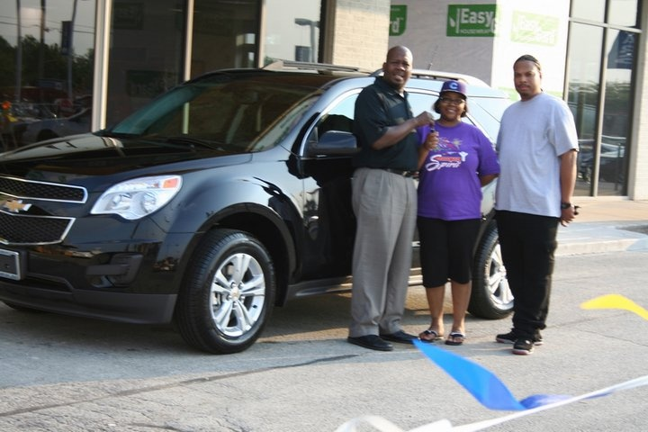 Congratulations to Ebonie Moore on the purchase of a 2011 Chevy Equinox from Stephen Peters at Apple Chevrolet. Enjoy Ebonie and thank you for your business!