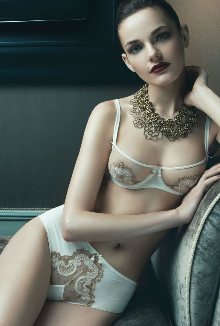 embroidered microfiber panty and tulle balcony bra by ritratti.
