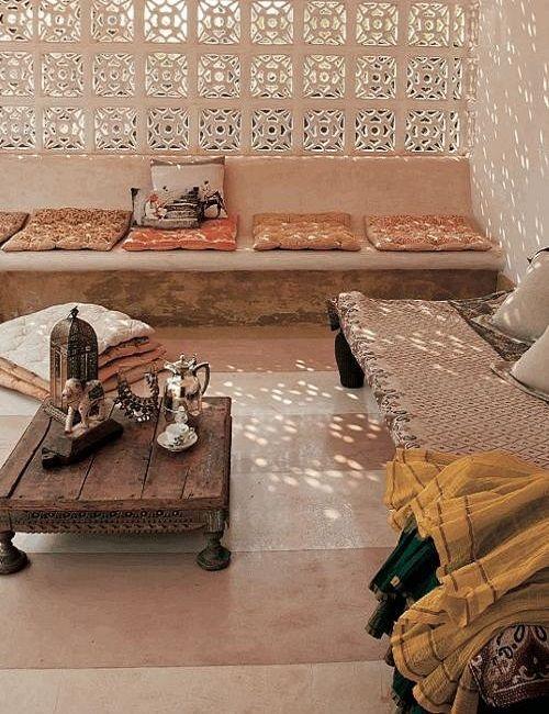 Decoración terraza de estilo árabe colores terrosos y luz tamizada ♥ Arabic style