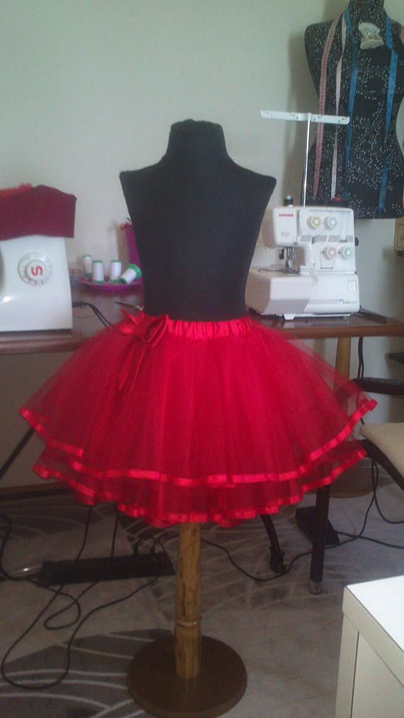 Tutu skirt for girls. Red skirt. Fatine skirt. Handmade skirt.