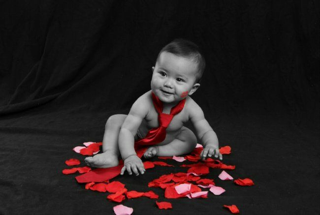 Valentina's Day photoshoot for baby #BabyCenterBlog