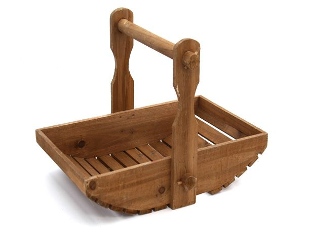 17 best images about garden tool boxes baskets on pinterest gardens garden tools and wood - Must tools small garden orchard ...