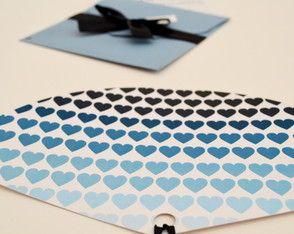 Leque personalizado!  www.cartesdesign.com cartesconvites@gmail.com Instagram: cartesdesign